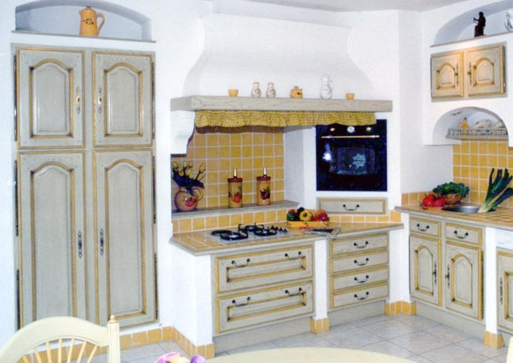 Cuisines provencales fabricant cuisine de charme with for Fabricants cuisine